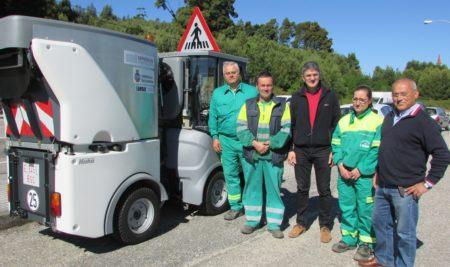 O Concello da Guarda recibe unha máquina varredora ao abeiro do Plan Concellos 2016 da Deputación de Pontevedra