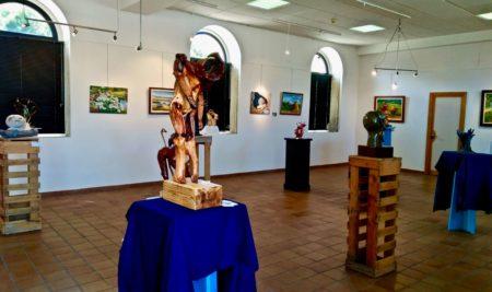 """A exposición """"Arte do adentro"""" do colectivo SOMOSARTE xa se pode visitar no Centro Cultural"""