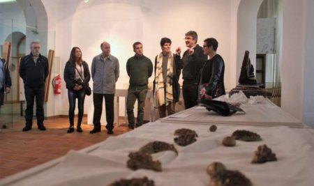 «Proxecto táctil»: a arte para ver coas mans xa pode visitarse no Centro Cultural