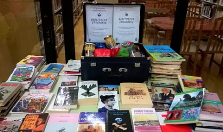 A «Biblioteca Solidaria» destinará o recollido ás asociacións San Vicente de Paúl e Conrazones