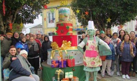 As asociacións participan na campaña «Decora o teu Nadal» embelecendo A Guarda
