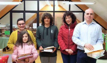 A Biblioteca Municipal premia aos seus tres mellores lectores polo Día dos Usuarios