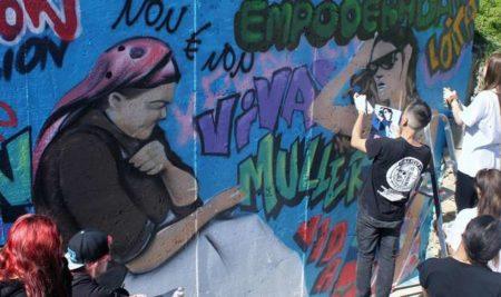 O alumnado do IES A Sangriña impulsa o galego con rap, skate e graffiti