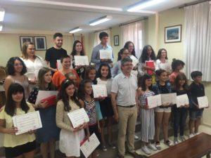 O martes día 17 de xullo de 2018 o Salón de Plenos da Guarda acolleu a entrega dos Premios de Educación 2018, no que se tiveron en conta os mellores expedientes académicos dos centros públicos de primaria e secundaria do municipio
