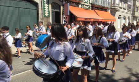 A Guarda acolleu o Desfile Folclórico Tradicional e das Bandas Mariñeiras das Festas do Monte 2018