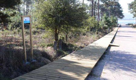 Rematan as obras de mellora da accesibilidade na Praia do Muíño en Camposancos