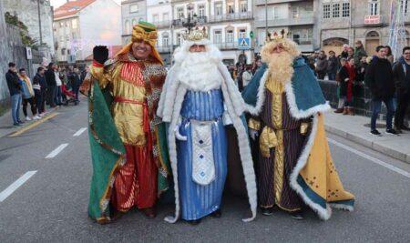 Multitudinaria Cabalgata de Reis Magos na Guarda