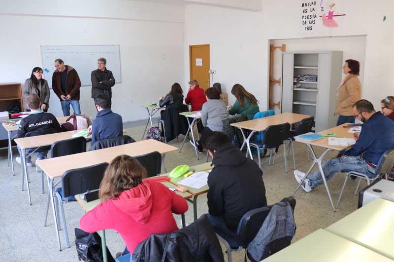 Dende fai uns días un grupo de máis dunha vintena de alumnos participa no Curso de Formación de persoas adultas co obxectivo de preparación para a obtención do Graduado en Educación Secundaria Obrigatoria ou ESO.