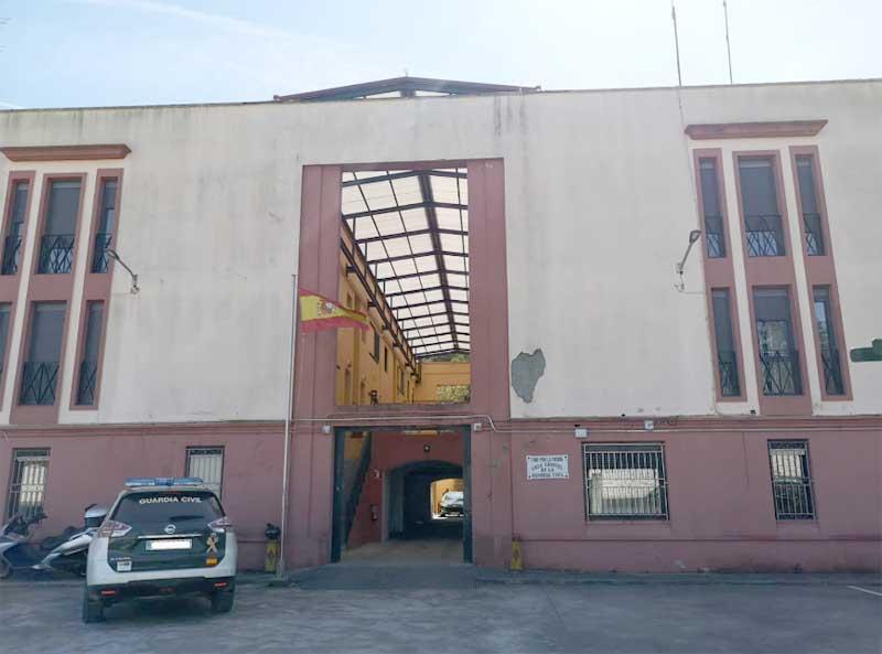 Na mañá do luns 18 de marzo o Alcalde da Guarda, Antonio Lomba, mantivo unha xuntanza no Concello co Comandante do Posto da Guarda, Eligio Rivas; o Xefe da Policía Local, Manuel Ángel González e o Concelleiro Delegado da Policía Local, Paulino Rodríguez.
