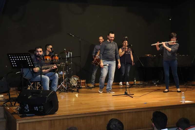 A Guarda recibíu a primeira fin de semana do mes de abril con dous concertos a cargo do grupo folk Na Revolta e da Orquestra Kv2211.
