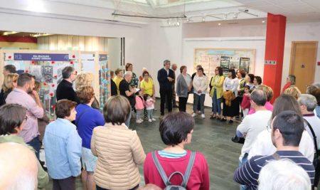 Inauguración da exposición fotográfica sobre as Alfombras Florais na Guarda