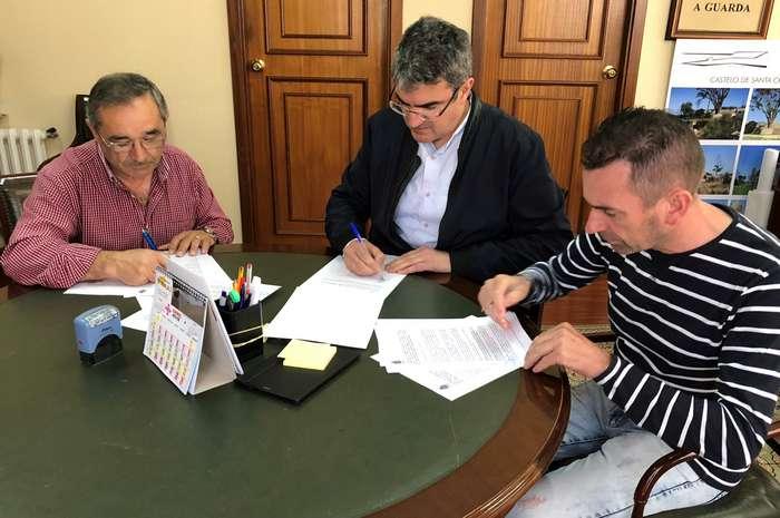 Convenios para a creación de parques forestais coas Comunidades de Montes de Camposancos e A Guarda