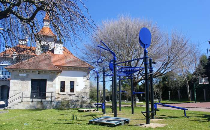 Parque de calistenia no Centro Cultural
