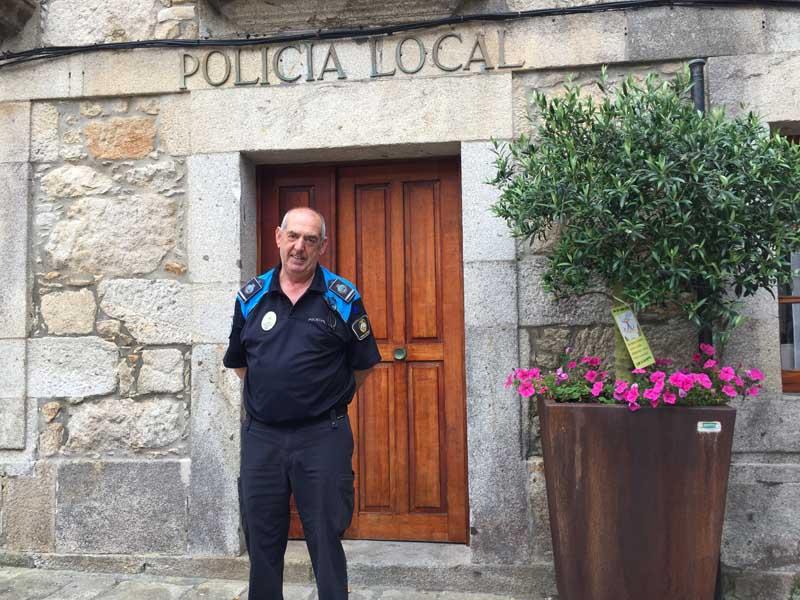 José Antonio Taboada Veiga, xefe da Policía Local da Guarda, xubílase despois de 37 anos ao servizo da Policía Local do municipio.