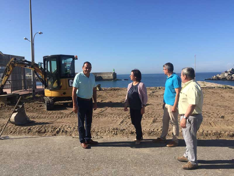 Este luns día 27 de agosto iniciáronse no Porto da Guarda as obras de ampliación da zona deportiva existente e a preparación dos terreos para albergar a nova pista de skate e zona deportiva e de ocio infantil.
