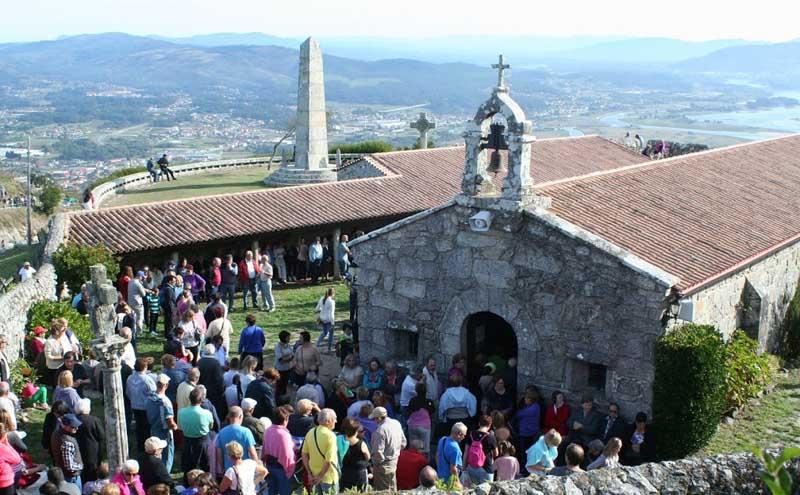 O vindeiro domingo día 23 de setembro A Guarda acolle un ano máis a Romaría de Santa Trega, un evento de carácter relixioso e tamén festivo que congrega no Monte de Santa Trega a multitude de fieis e devotos da Virxe de Santa Trega.