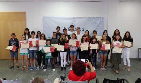 A Guarda entrega os Premios de Educación aos mellores expedientes académicos