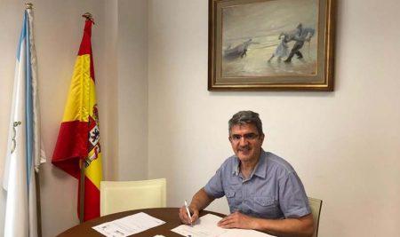 O alcalde da Guarda asina o convenio da nova escola infantil municipal