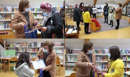 A Guarda premia aos mellores lectores da Biblioteca Pública Municipal