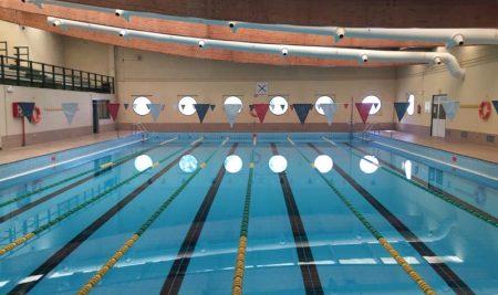 Comunicado de reapertura da piscina municipal da Guarda